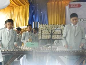 wisuda SINEMA - agkatan 6 SMART Ekselensia Indonesia, Tim Ensemble, arumba 1
